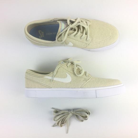 2a750e8ef0ef M 5ca411b42f827663b3a9128b. Other Shoes ...